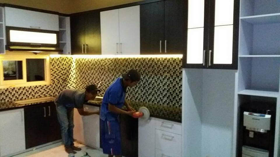 Harga kitchen set per meter malang kitchen set di malang for Harga kitchen set aluminium per meter